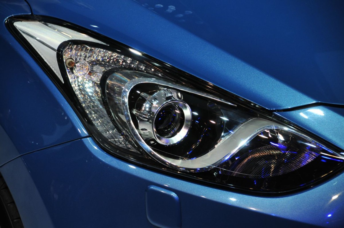 headlight-restoration-blue-car-pic